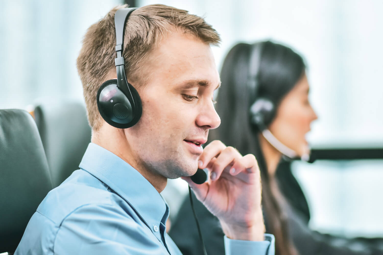 Top Customer Service Characteristics to Grow the Customer-First Mindset